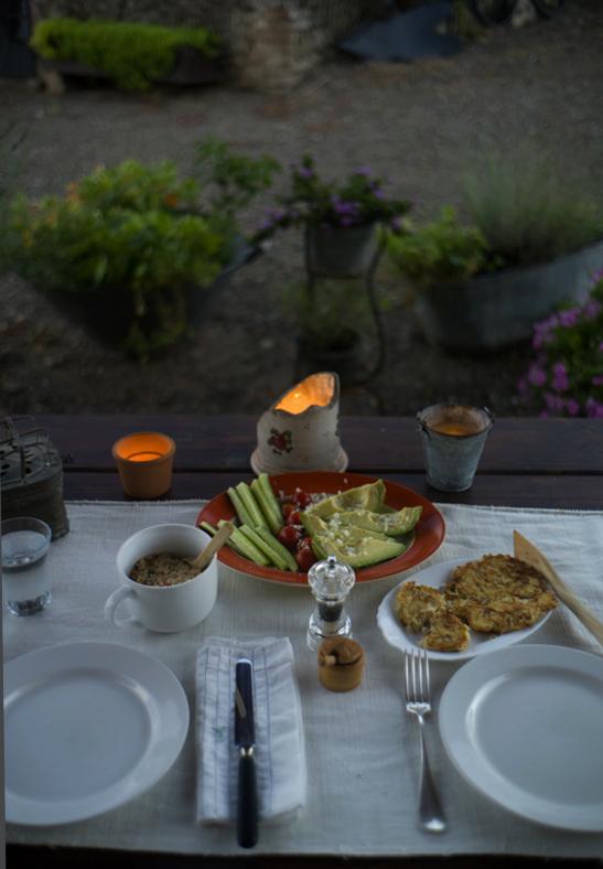 08-1 Dinner L1032091