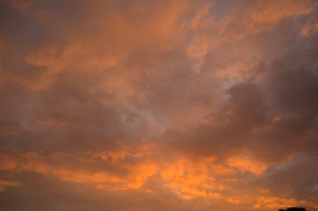 10-9 clouds L1001717